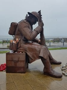 Sculpture of Tommy by Ray Lonsdale